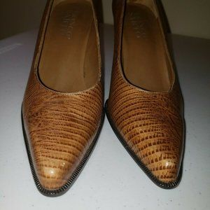 Franco Sarto Leather Caramel Pumps Size 8.5 M Heel